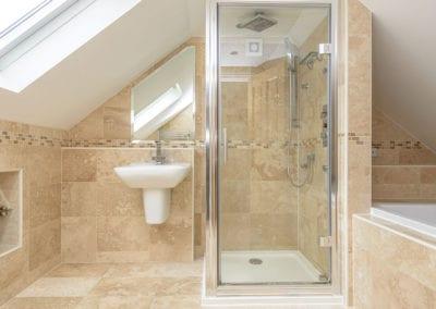Shakespeare-House-Ensuite-Bathroom